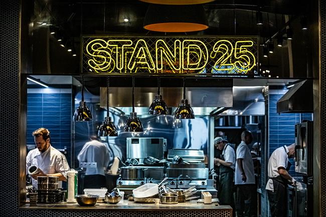 Új budai helyszínre költözött a Stand25 Bisztró, Széll Tamás étterme. Helyszín Info 2019.